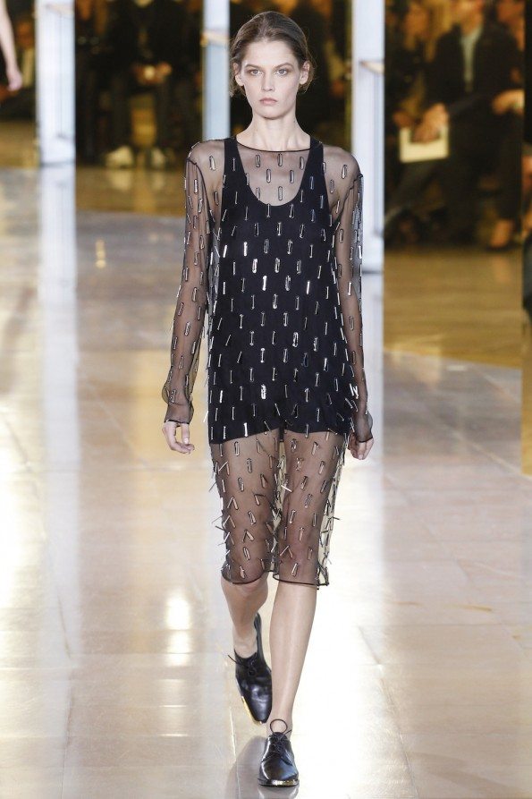 15.anthony-vaccarello-spring-2016-ss16-runway-oracle-fox