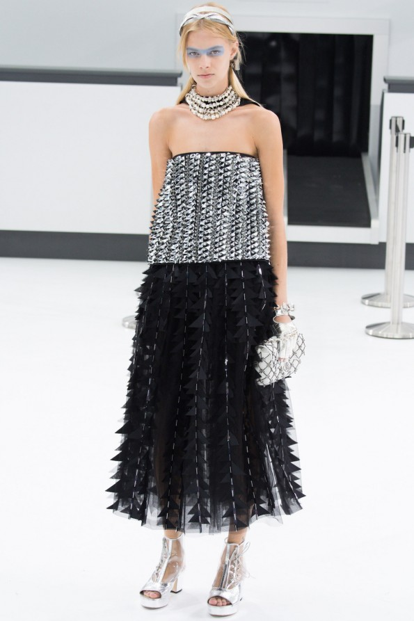 8.chanel-spring-2016-runway-ss16-oracle-fox